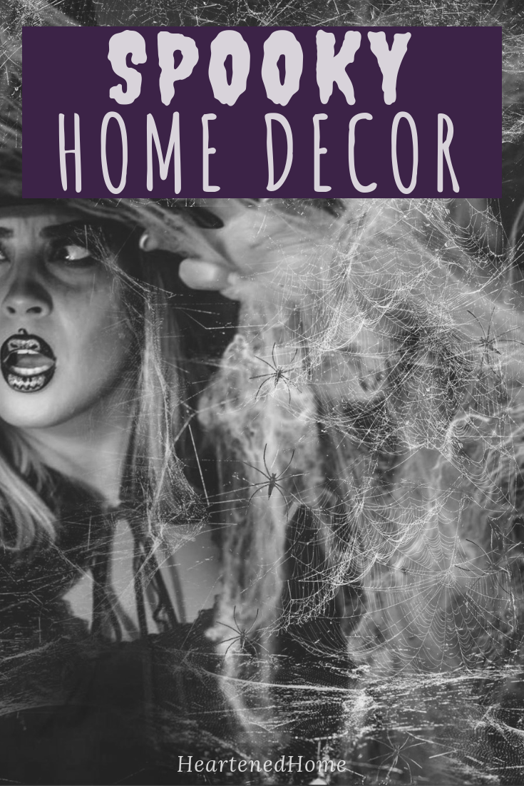 Be ready for Halloween with these Amazon Halloween decor finds for inside & out!   Heartenedhome.com #afflink #halloweendecor
